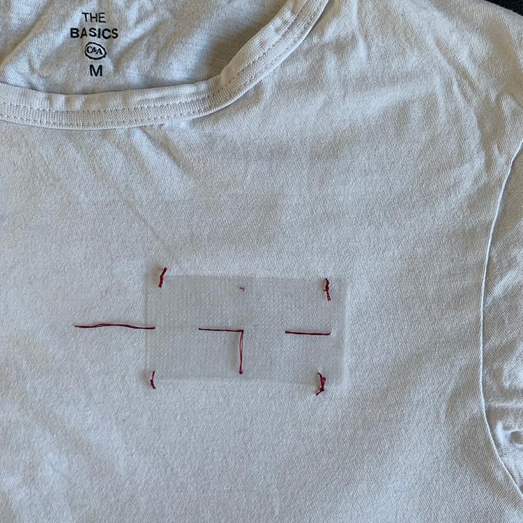 Geléstof - ri fast på t-shirten
